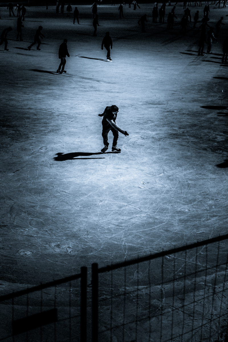 1_Budapest-Ice-Skating-by-Claudio-Ahlers-1