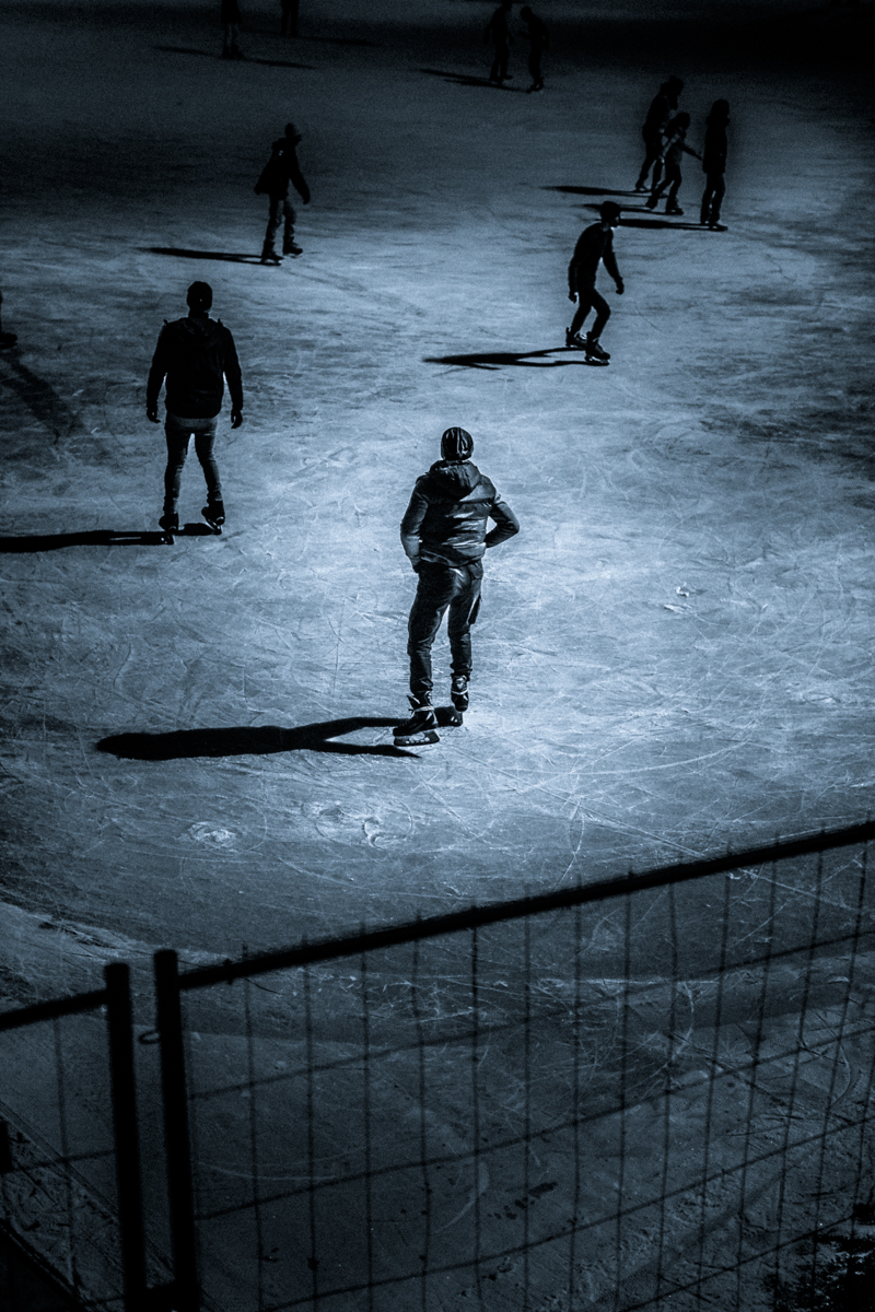 1_Budapest-Ice-Skating-by-Claudio-Ahlers-2