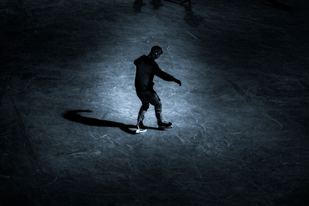 1_Budapest-Ice-Skating-by-Claudio-Ahlers-6