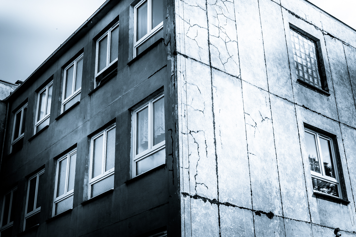 Wroclaw-Concrete-by-Claudio-Ahlers-1